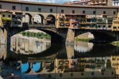 Ponte Vecchio over Arno-rivier in Florence, Italië royalty-vrije stock afbeeldingen
