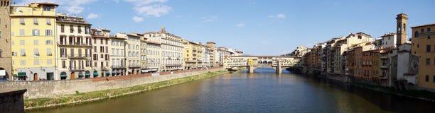 Ponte Vecchio Panorama stockbilder