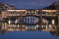 Ponte Vecchio przy półmrokiem Zdjęcia Royalty Free