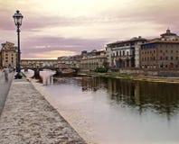 Ponte vecchio przy świtem Obrazy Royalty Free