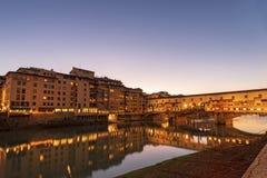 Ponte Vecchio und Arno River - Florence Italy stockfotos