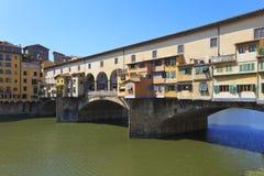 Ponte Vecchio - vecchio ponticello famoso a Firenze Fotografia Stock
