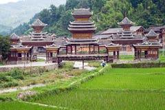 Ponte velha da vila do chinês do dong Imagens de Stock