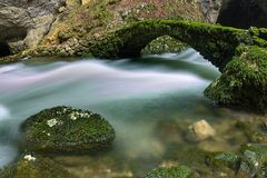 Ponte velha em Rakov Fotos de Stock Royalty Free