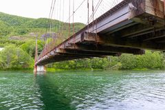 Ponte velha oxidada na nenhumaa parte imagens de stock royalty free