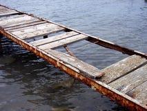 Ponte velha sobre a água 2 fotos de stock royalty free