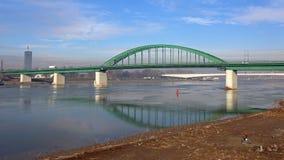 Ponte verde Belgrado fotografia stock