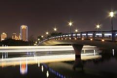 Ponte (vista di notte del lago del yuandang) Fotografie Stock