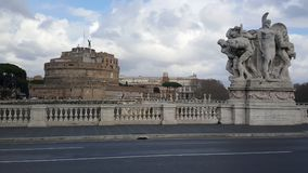 Ponte Vittorio Emanuele ΙΙ με το Castel Sant Angelo Στοκ Εικόνες