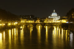 Ponte Vittorio Emanuele II i noc Vaticano @ Zdjęcie Royalty Free