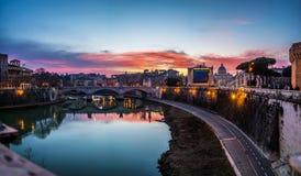 Ponte Vittorio Manuel II en Roma, Italia Foto de archivo libre de regalías