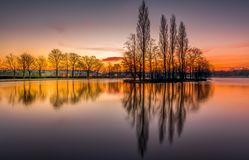 Pontefract parkerar sjön som är västra - yorkshire, UK royaltyfri bild