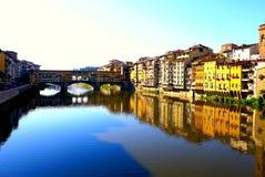 Ponten Vecchio, i Florence, Italien arkivfoton