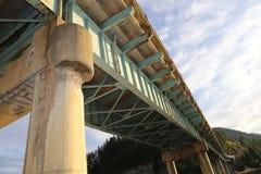 Pontes concretas do cimento da arquitetura para a indústria da construção civil fotografia de stock