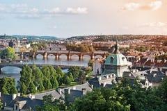 Pontes de Praga no verão imagem de stock royalty free