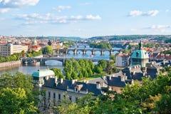 Pontes de Praga no verão fotografia de stock royalty free
