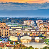 Pontes sobre o rio de Arno em Florença Foto de Stock Royalty Free