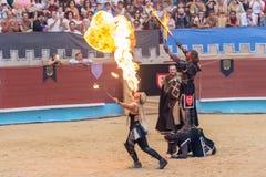 Pontevedra, Espanha - 3 de setembro de 2016: Festival do competiam medieval dos cavaleiros Fotografia de Stock