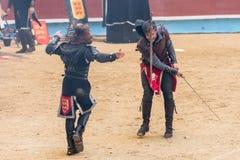 Pontevedra, Espanha - 3 de setembro de 2016: Festival do competiam medieval dos cavaleiros Imagem de Stock