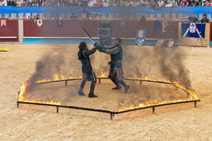 Pontevedra, Espanha - 3 de setembro de 2016: Festival do competiam medieval dos cavaleiros Imagens de Stock