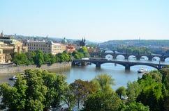 Ponti di Praga, vista dal parco di Letna Immagine Stock