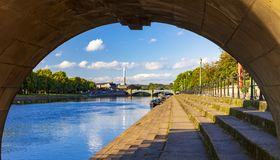 Ponti e riflessioni di Trent del fiume a Nottingham fotografia stock libera da diritti