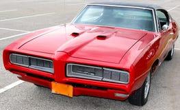 1969 Pontiac classico rosso sangue GTO Fotografia Stock Libera da Diritti