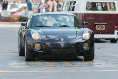 Pontiac-Zonnestilstandauto op vertoning stock afbeeldingen