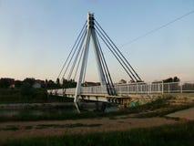 Ponticello attraverso il fiume Immagine Stock