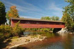 Ponticello coperto nel Vermont fotografia stock libera da diritti