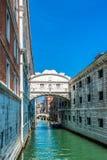 Ponticello dei sospiri - Vencie, Italia fotografie stock