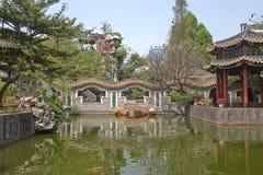 Ponticello del giardino di Qinghui Fotografia Stock