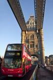 Ponticello della torretta dell'incrocio del bus a Londra Fotografie Stock Libere da Diritti