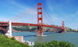 Ponticello di cancello dorato - panoramico Fotografie Stock