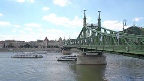 Ponticello di libertà a Budapest video d archivio
