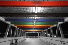 Ponticello di pedoni silenzioso del Rainbow Immagini Stock Libere da Diritti