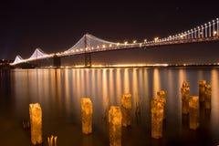 Ponticello di San Francisco Bay alla notte Fotografie Stock