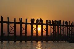 Ponticello di U Bein, Mandalay, Myanmar Immagini Stock