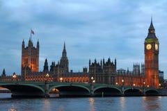 Ponticello di Westminster con grande Ben Fotografie Stock Libere da Diritti