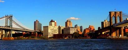 Ponticello e ponte di Brooklyn di Manhattan Immagine Stock Libera da Diritti