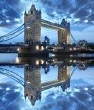 Ponticello famoso della torretta, Londra, Regno Unito immagini stock libere da diritti