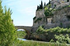 Ponticello romano del Vaison-La-Romaine in Francia Fotografia Stock Libera da Diritti