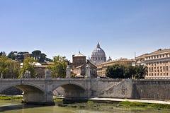 Ponticello sopra il fiume Tiber Immagini Stock Libere da Diritti