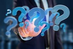 Ponto de interrogação azul indicado em uma relação futurista - 3d arrancam Fotografia de Stock