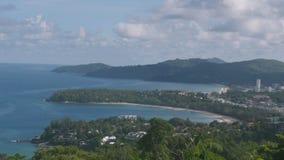 Ponto de vista de Kata e de Karon na ilha Tailândia de Phuket, timelapse filme