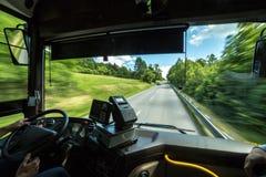 Ponto de vista do ` s do condutor de ônibus imagem de stock