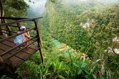 Ponto de vista no parque nacional das cascatas na Guatemala Semuc Champey Fotografia de Stock