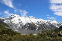 Ponto médio de Milford Sound Nova Zelândia antes do túnel imagens de stock