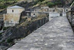 Ponton de la奥利瓦山脉水坝在瓜达拉哈拉和马德里provinc之间的 库存照片