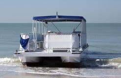 Pontonowa łódź Zdjęcia Royalty Free